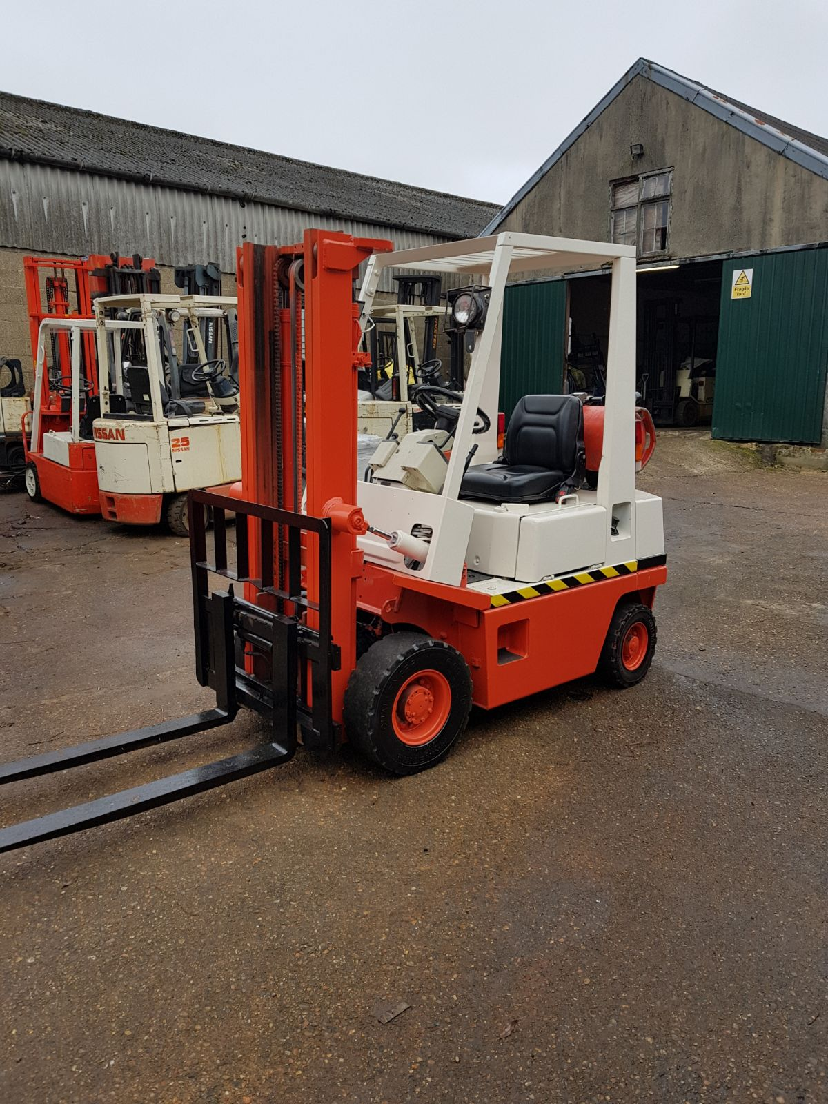 Nissan 1.5 Ton Gas Forklift *Low Hours*