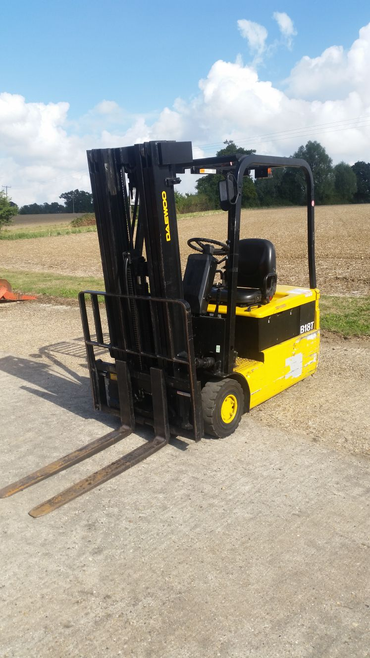 Daewoo 1.8 Ton Electric Forklift