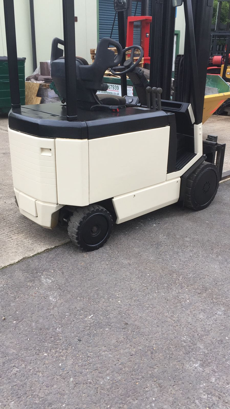 Crown 4 Wheel Electric Forklift