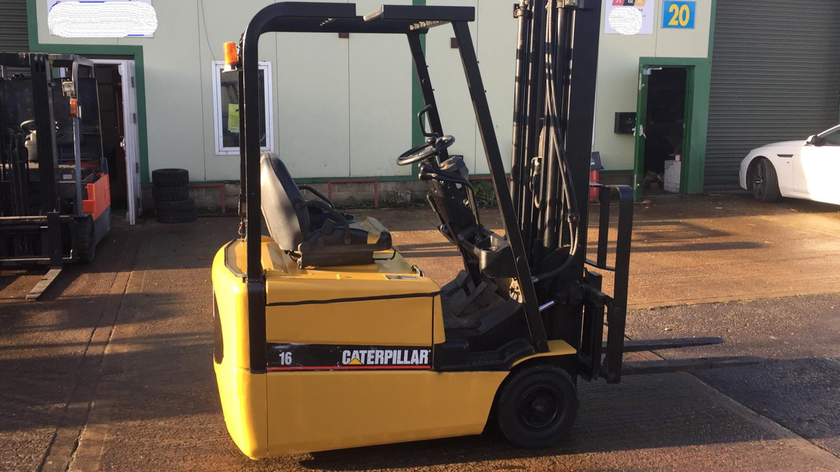 Caterpillar ROM17 - Electric Forklift